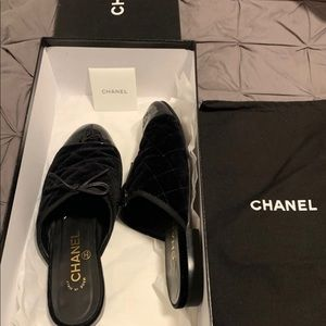 100% Authentic Chanel black velvet/pat cc mules